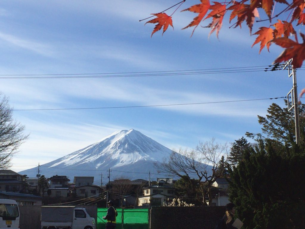晩秋の富士山。天気がよくてなによりでした。