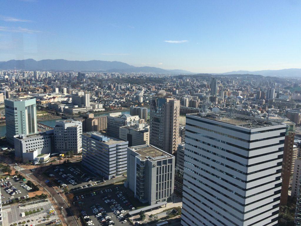 福岡タワーから福岡市内の様子