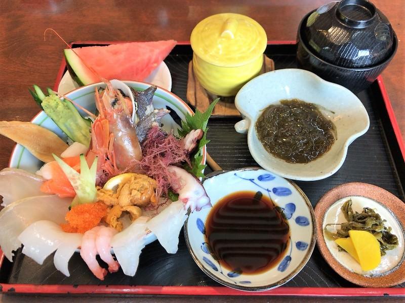 糸島 朝日屋 海鮮丼