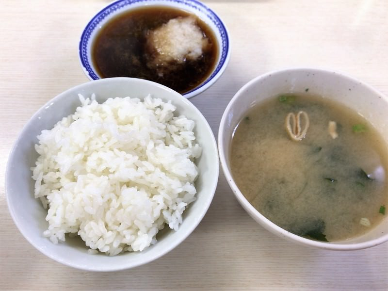 写真:天ぷらえびす食堂の定食セット