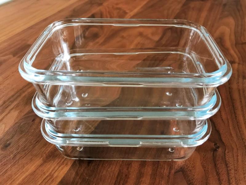 ニトリの耐熱ガラス保存容器を重ねたところ