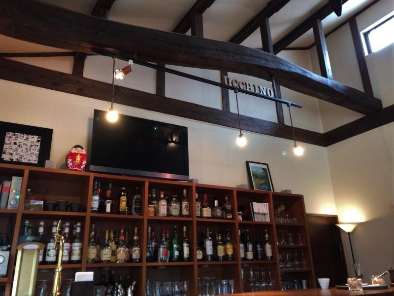 写真:ウッチーノ食堂 バーカウンター