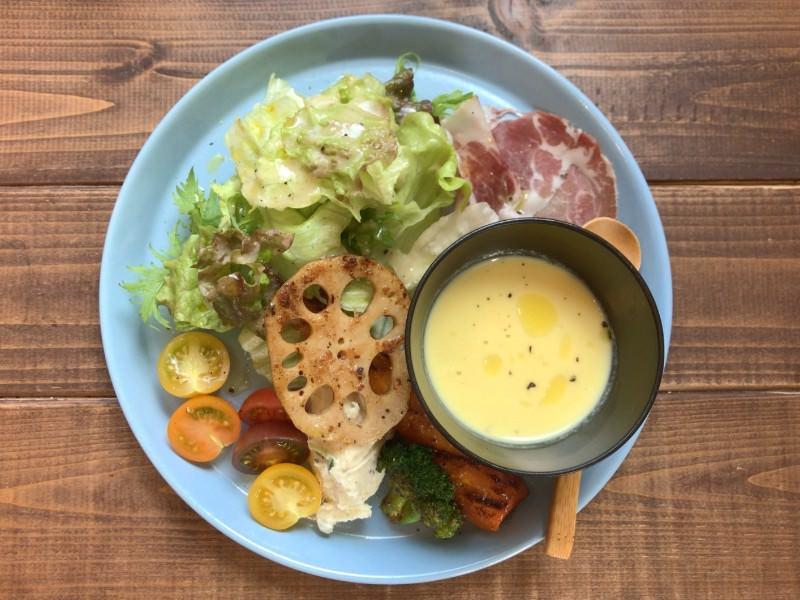 写真:cobaco ランチの前菜サラダ