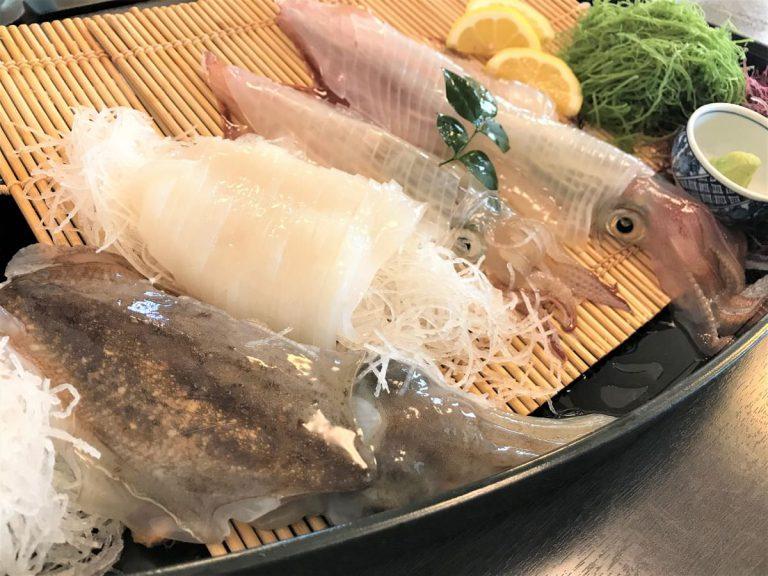 写真:呼子 河太郎 イカの活き造り