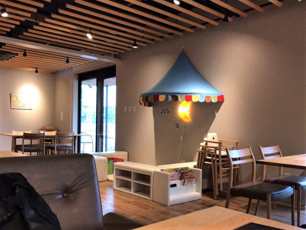 写真:Cafe Rund 店内のキッズスペース