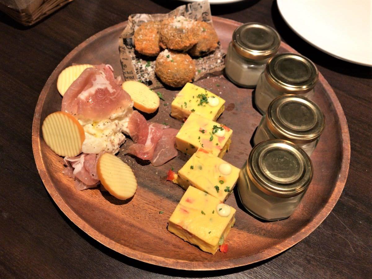 写真:AMLA Kitchen 今泉 前菜盛り合わせ