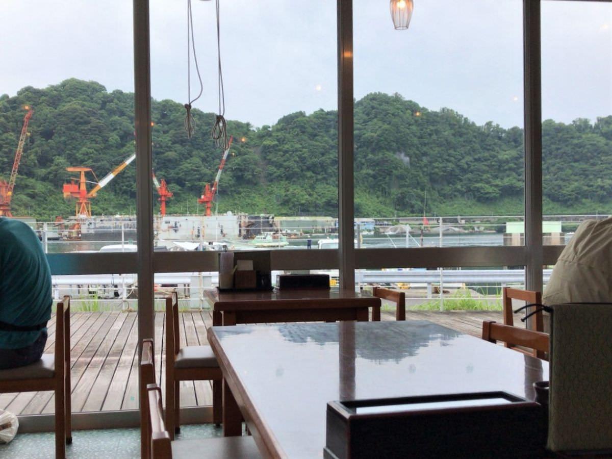 写真:道の駅 山川港 活お街道 中からの風景