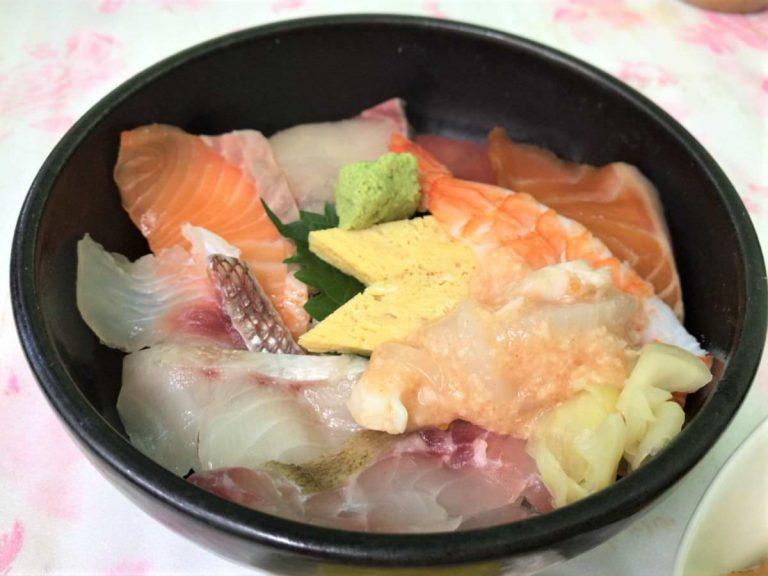 写真:おさかな天国 天国食堂 海鮮丼