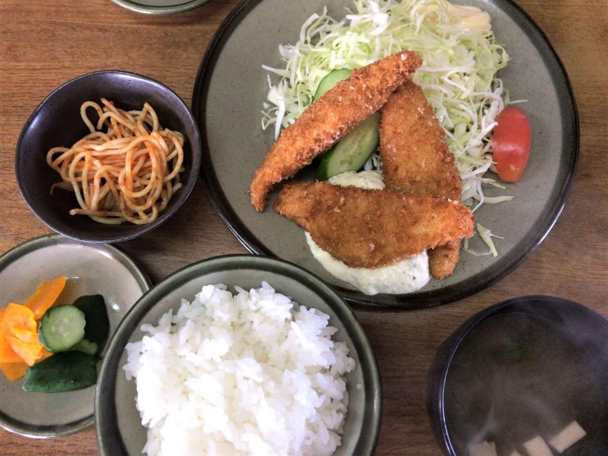 写真:いち一 魚フライ定食