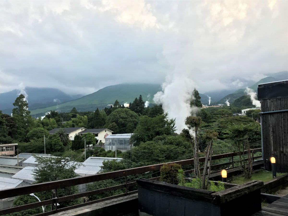 写真:ホテルおにやま 空の湯近くの休憩所からの景色