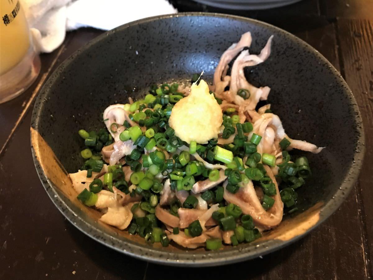 写真:かわ屋 酢モツ