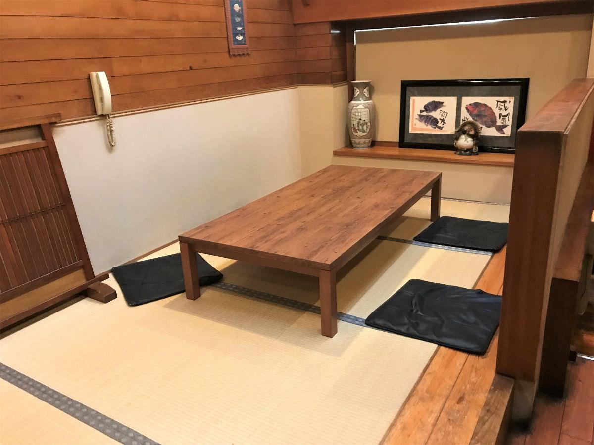 写真:京寿司 二階待合所