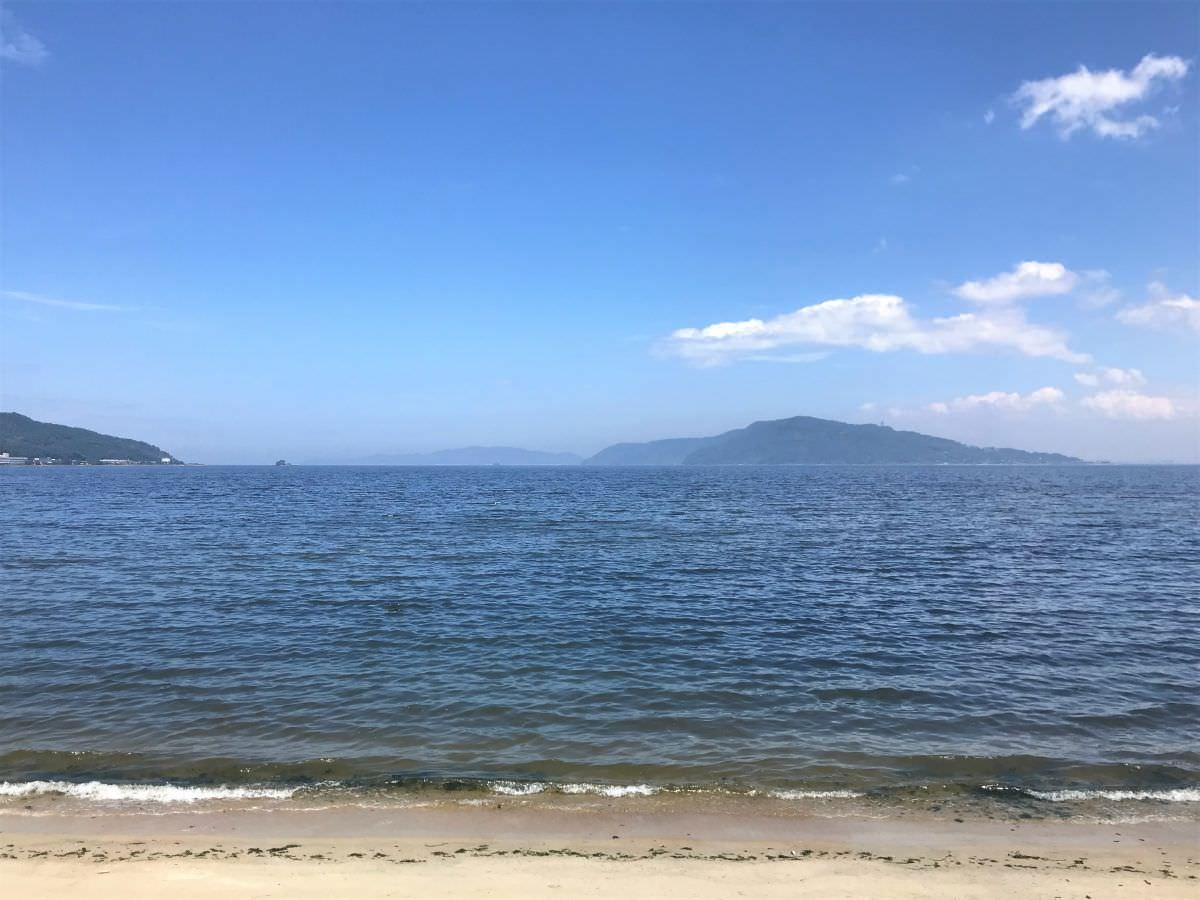 写真:SALT 目の前の海岸