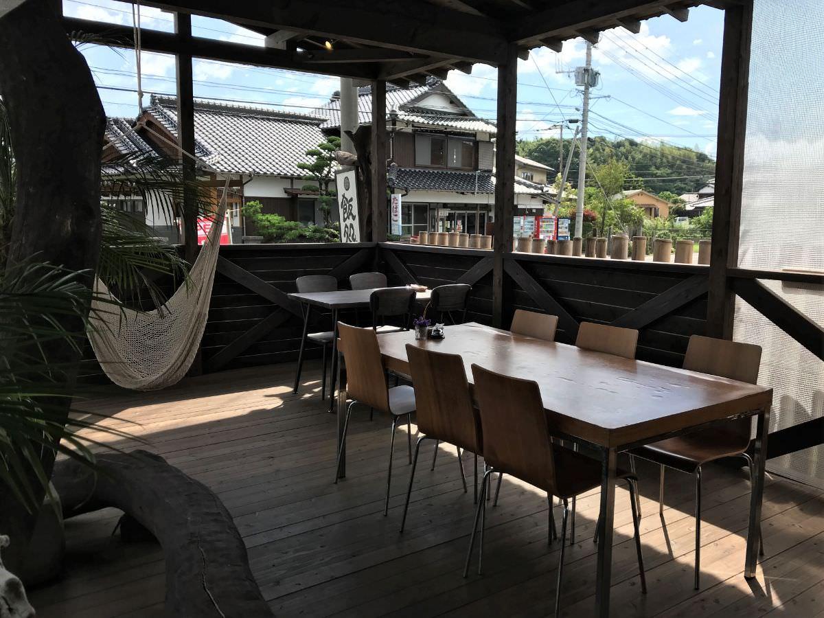 写真:福岡糸島 はれるや テラス席