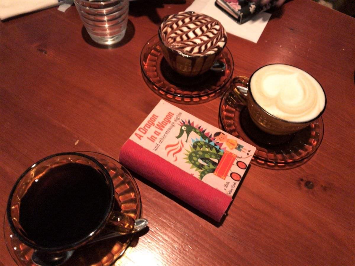 写真:福岡 糸島 サンフラワー コーヒー、カプチーノ、カフェモカ