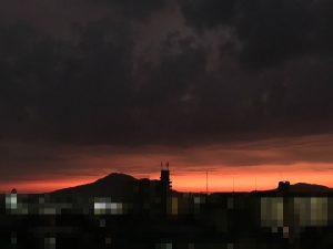 写真:久しぶりの夕焼けの糸島