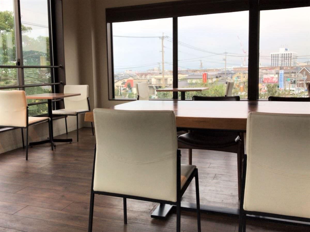 写真:福岡 早良区 BLUE JAM 2階のカフェスペース