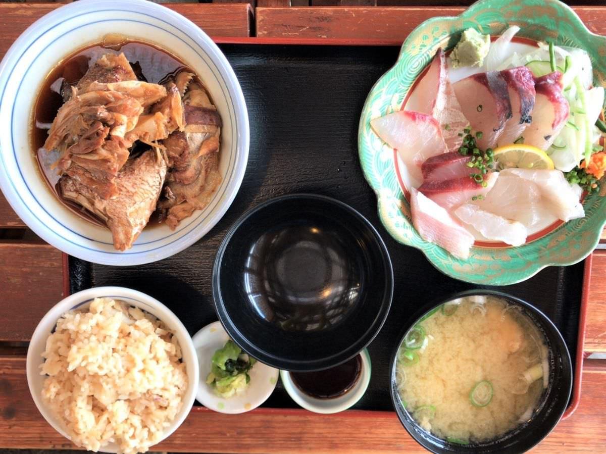 写真:福岡糸島 波呂兵衛 あら炊き・刺身定食