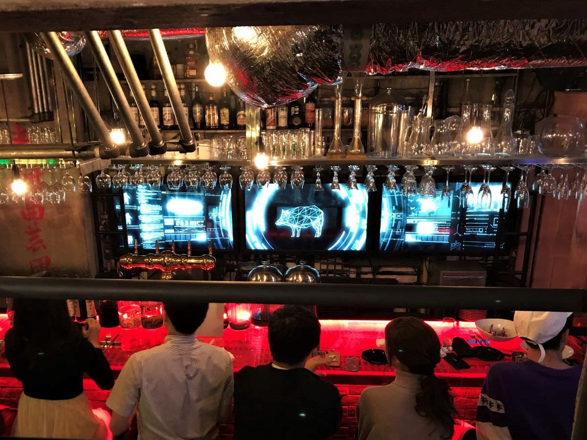 写真:東京新宿 パンとサーカス 店内の様子