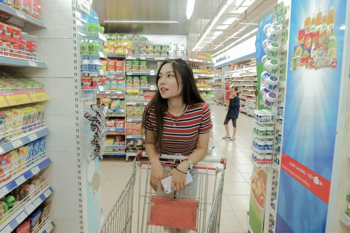 写真:買い物イメージ