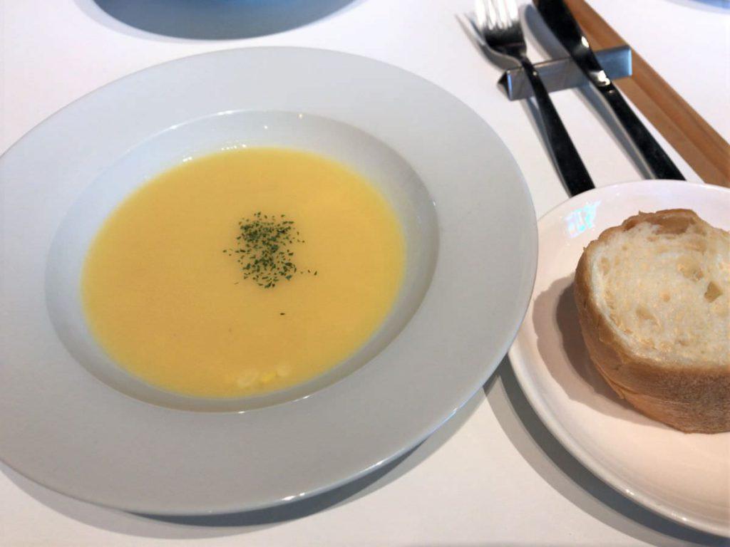写真:福岡糸島 レストランAMOUR 糸島産とうもろこしのコーンスープ