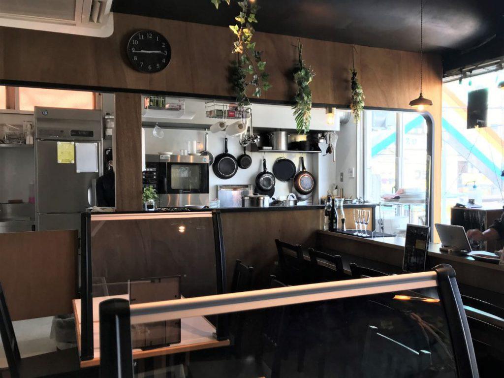 写真:福岡糸島 レストランAMOUR 店内の様子