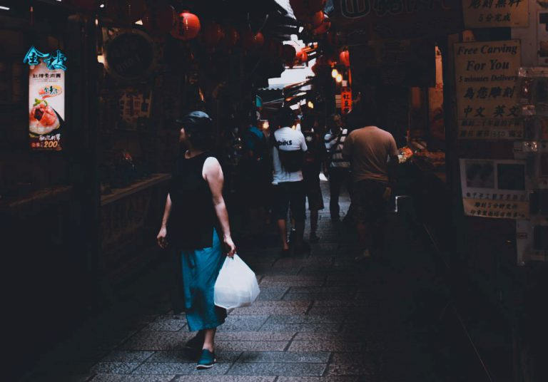 写真:買い物のイメージ