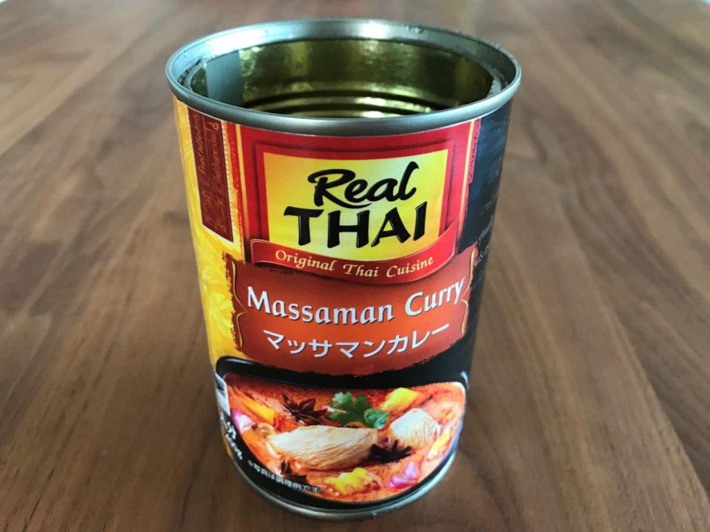 写真:業務スーパー マッサマンカレーの缶詰