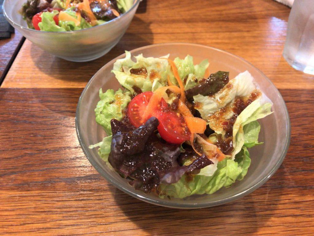 写真:福岡糸島 肉×肉MAKOTO ランチセットのサラダ