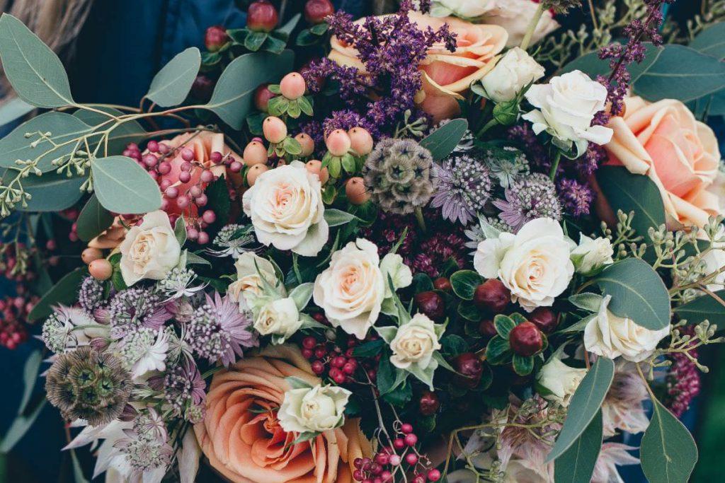 写真:花束イメージ