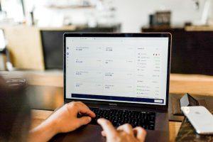 写真:オンライン決済代行のイメージ