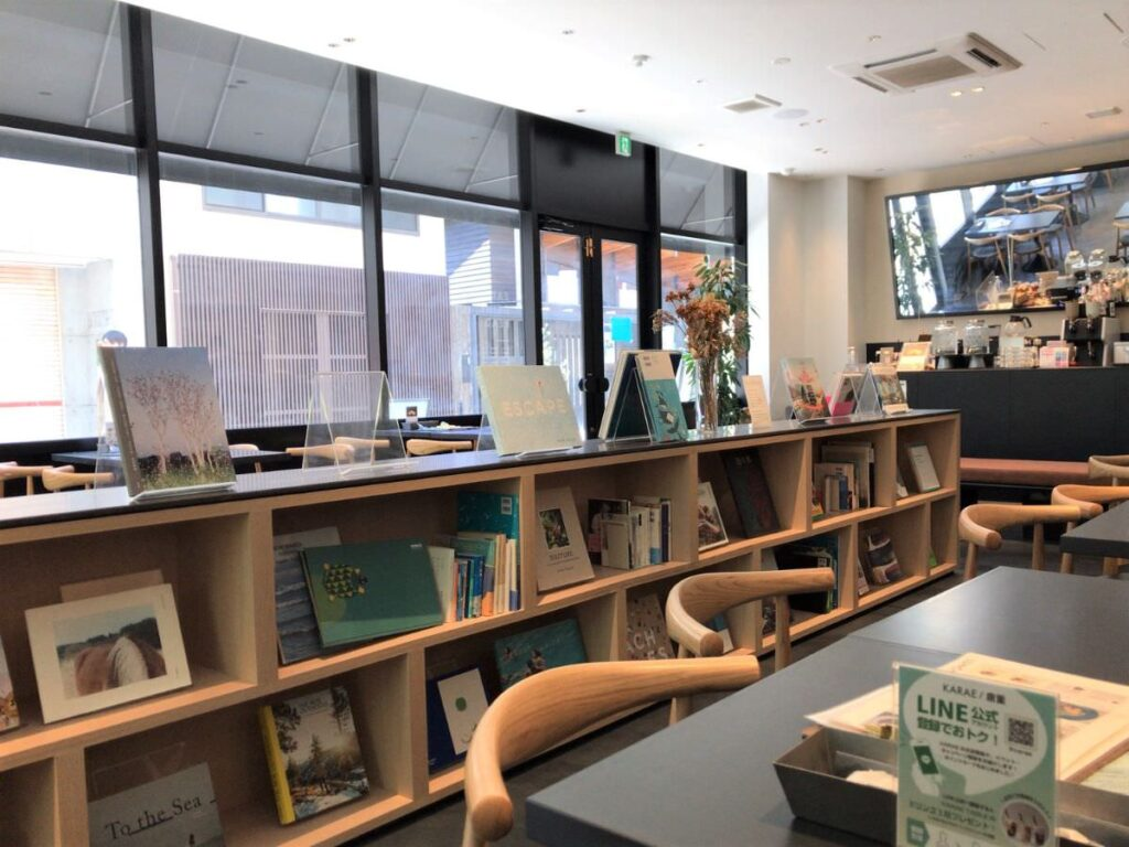 写真:唐津KARAE TABLE 店内の様子