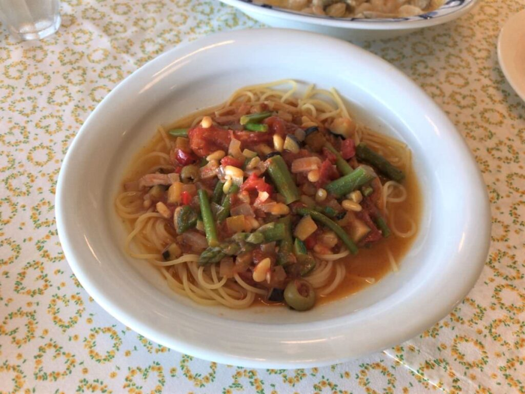 写真:長崎諫早 パスタクラブフェローズ いろいろ野菜のトマトソースパスタ