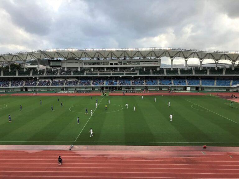 写真:長崎トランスコスモススタジアムで天皇杯